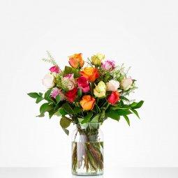 Renkli Güllerden Buket (Vazosuzdur)