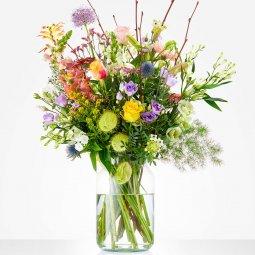 Bouquet: Loving gesture; excl. vase