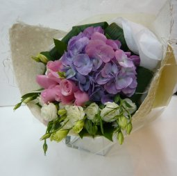 Bouquet Cut Flowers pastel colours
