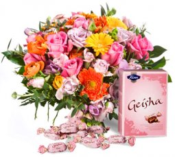 Bright Bouquet with Geisha candies