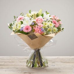 FLORIST CHOICE BOUQUET OF SEASONAL FLOWERS