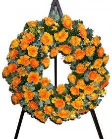 Wreath in orange with roses gerberas chryssis (wit